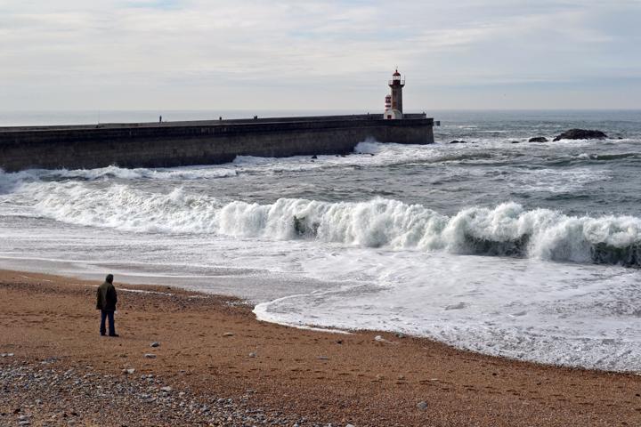 L'océan Atlantique. Porto. Portugal. Mars 2012.