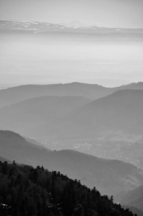 Le Mont-Blanc depuis le Grand Ballon. Haut-Rhin. Mars 2015.